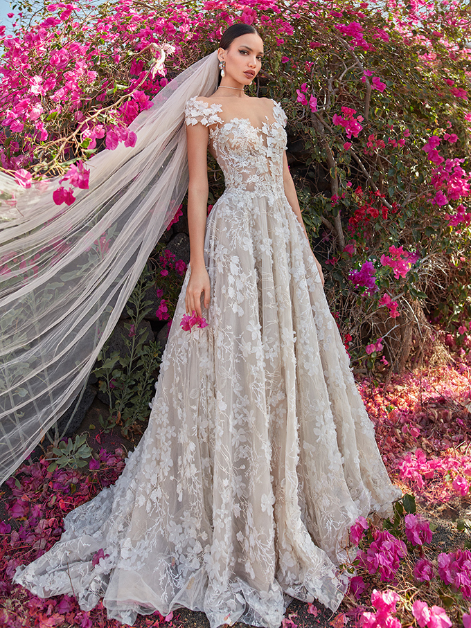 stunning-luxury-wedding-dresses-you-must-see-4-GALIA-LAHAV-2.