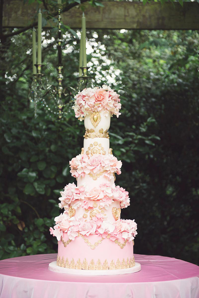 wedding-cakes-for-a-luxury-wedding-3.