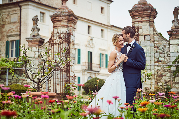 lavish-elopement-shoot-tuscany-19.