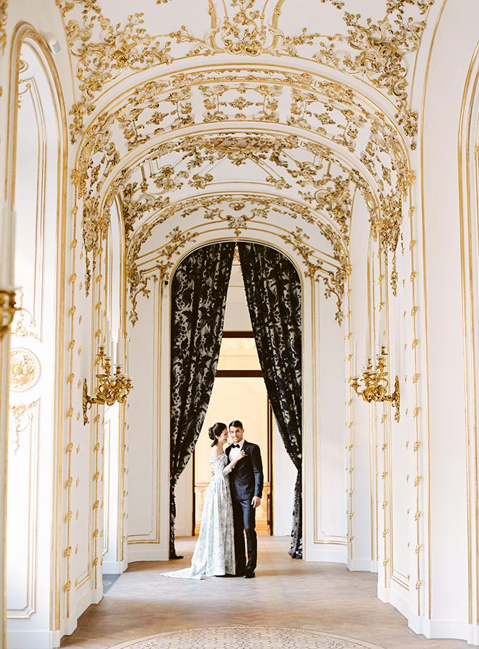 luxurious-romantic-photoshoot-vienna-12.
