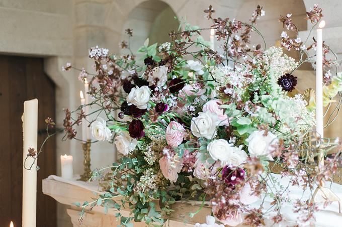 beautiful-elegant-wedding-inspiration-shoot-burgundy-accents-09