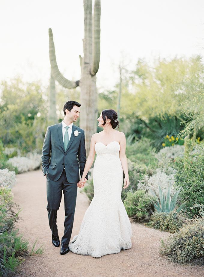dreamy-wedding-green-white-hues-32