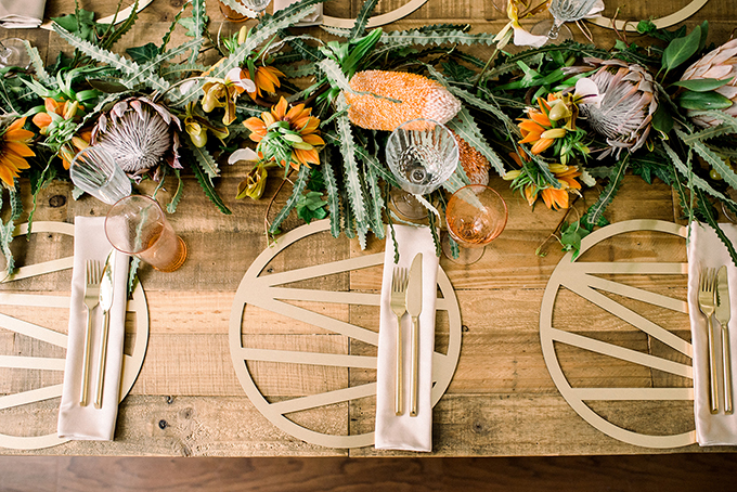 luxurious-wedding-decoration-ideas-brilliant-tableware-05
