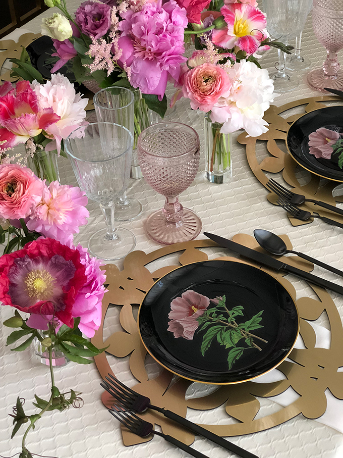 luxurious-wedding-decoration-ideas-brilliant-tableware-11