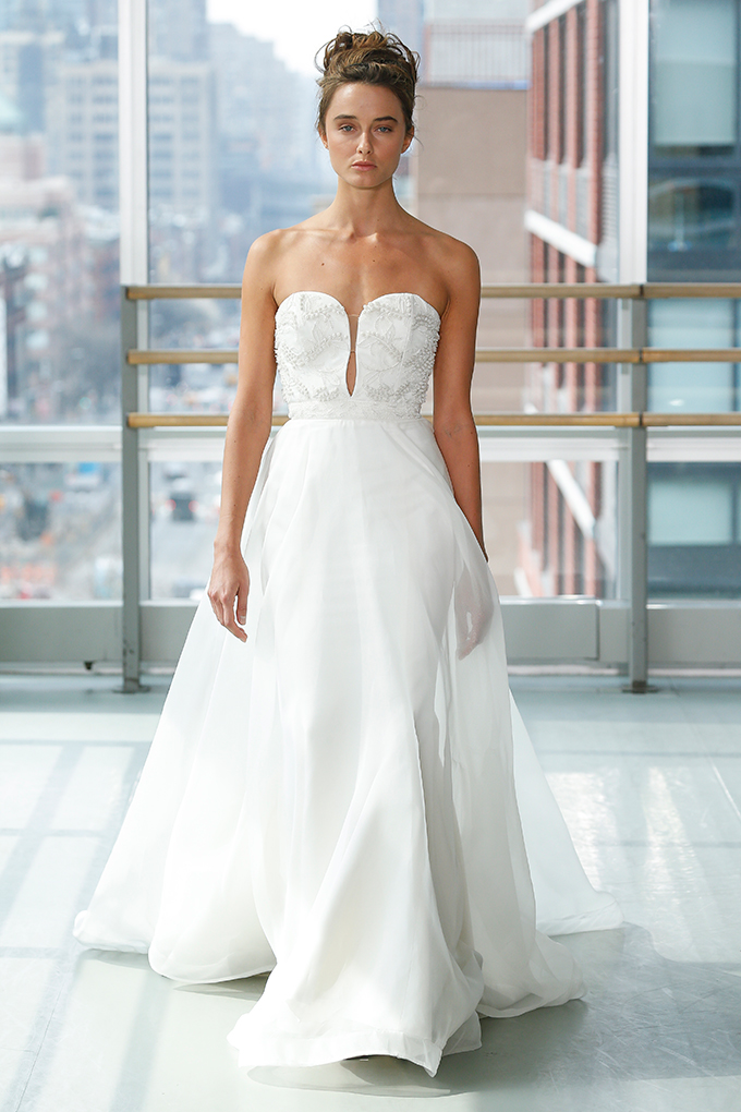 modern-romantic-wedding-dresses-gracy-accad-spring-2019-collection-08