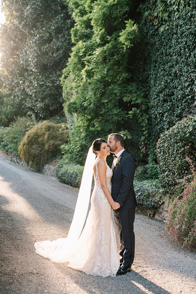 romantic-destination-wedding-grey-dusty-blue-hues_01