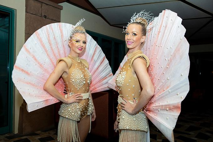 impress-guests-spectacular-entertainment-shows-la-clé-entertainment_04