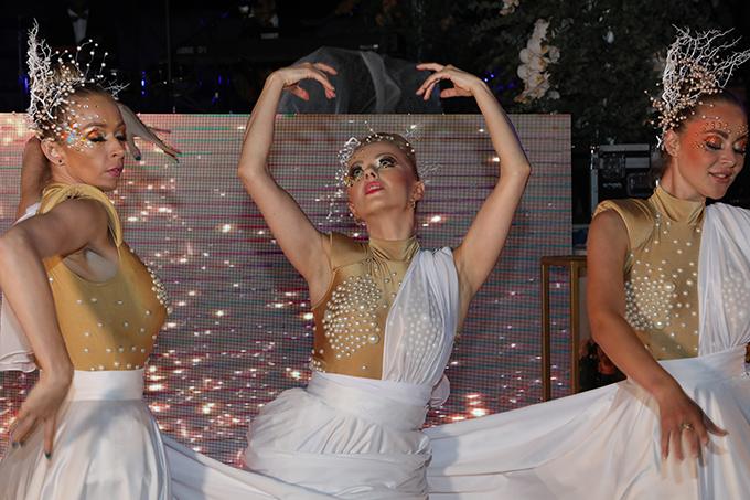 impress-guests-spectacular-entertainment-shows-la-clé-entertainment_05