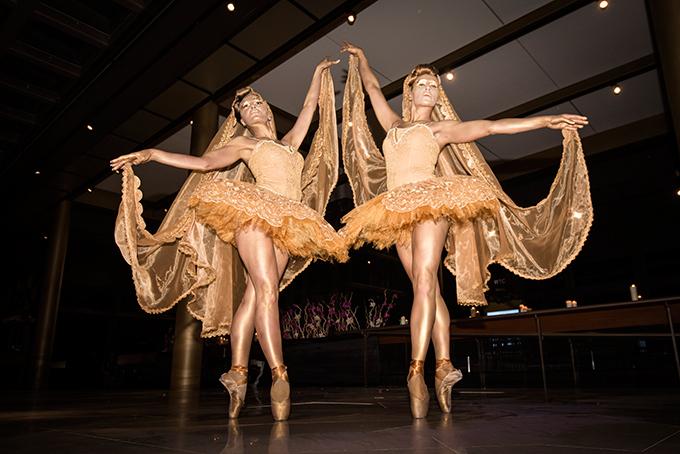 impress-guests-spectacular-entertainment-shows-la-clé-entertainment_08