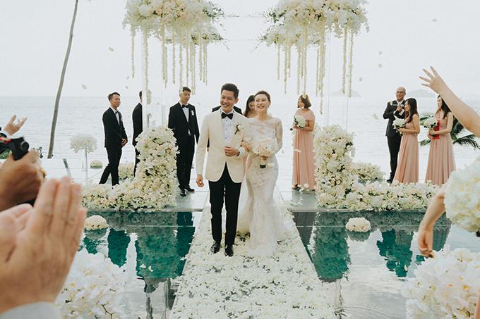 lush-tropical-wedding-thailand_29