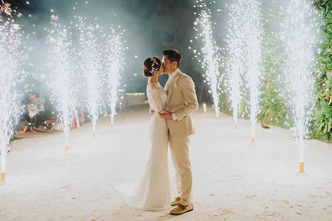 lush-tropical-wedding-thailand_38
