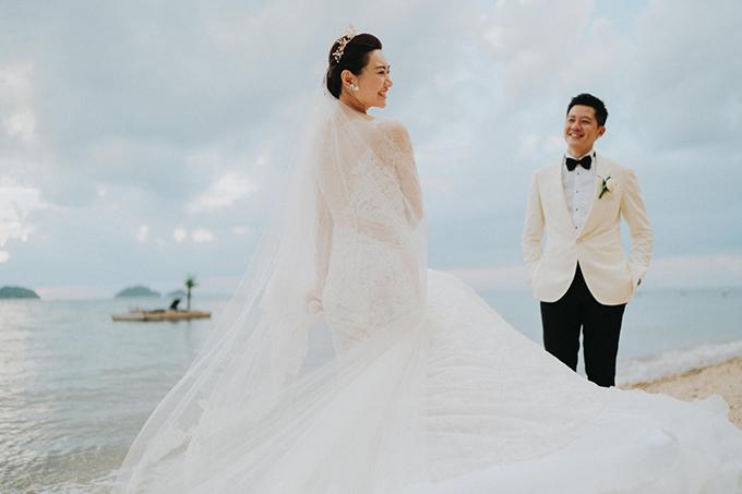 lush-tropical-wedding-thailand_41