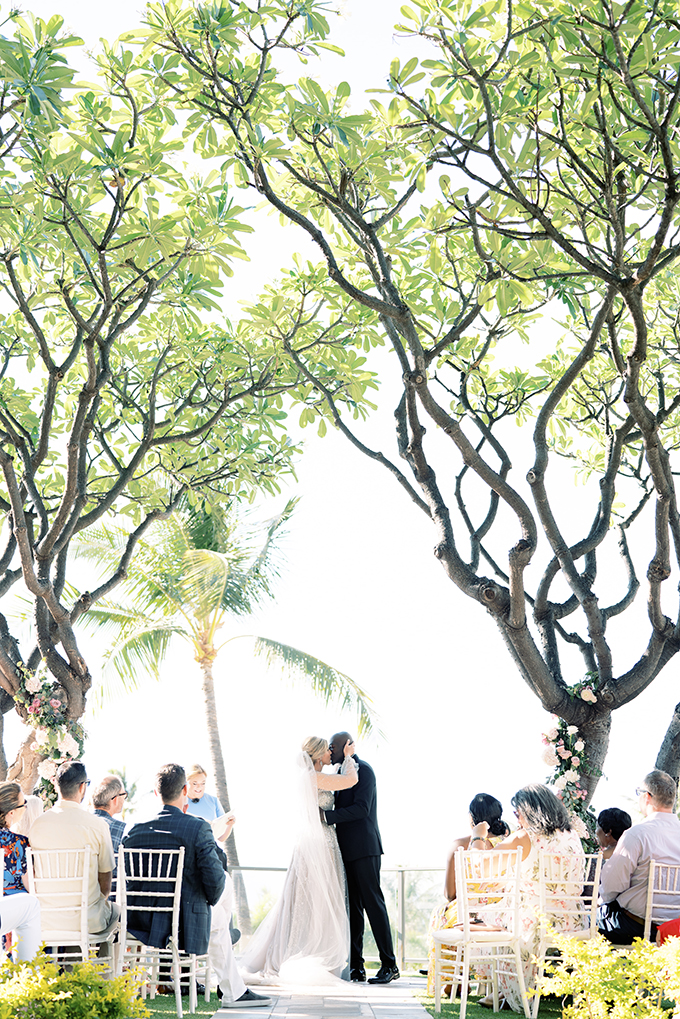 gorgeous-chic-romantic-wedding-hawaii_34