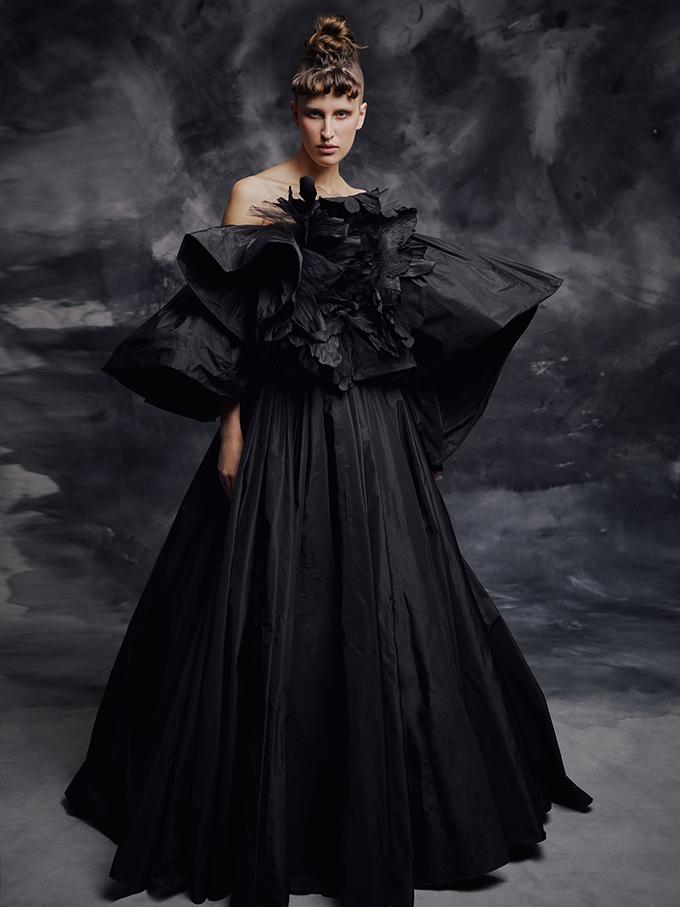 enchanting-luxurious-creations-thrilling-look-krikor-jabotian_02