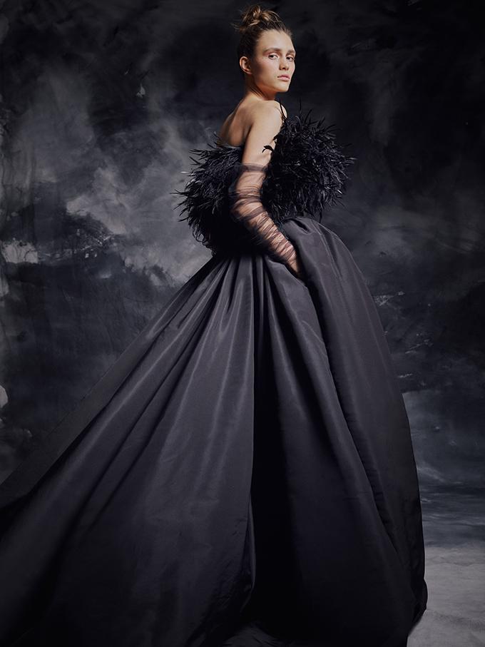 enchanting-luxurious-creations-thrilling-look-krikor-jabotian_08